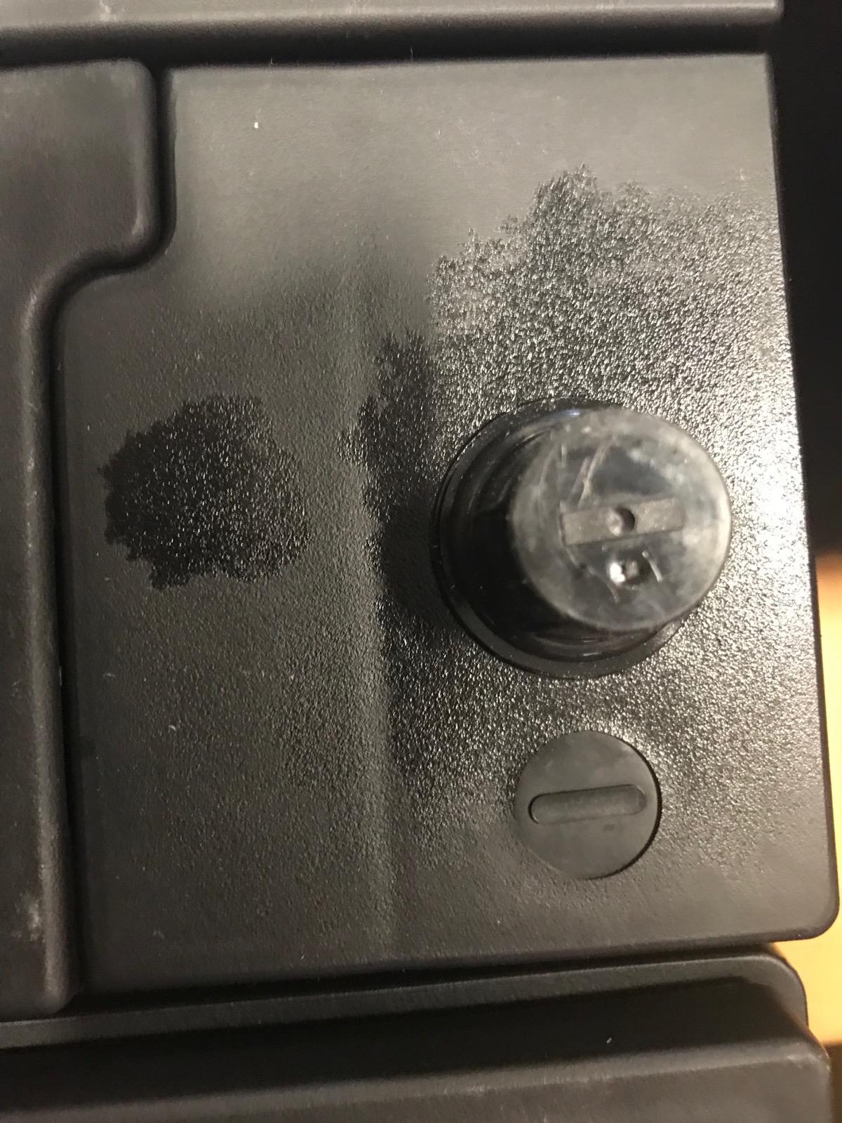 SLI-battery-terminal-grease-1